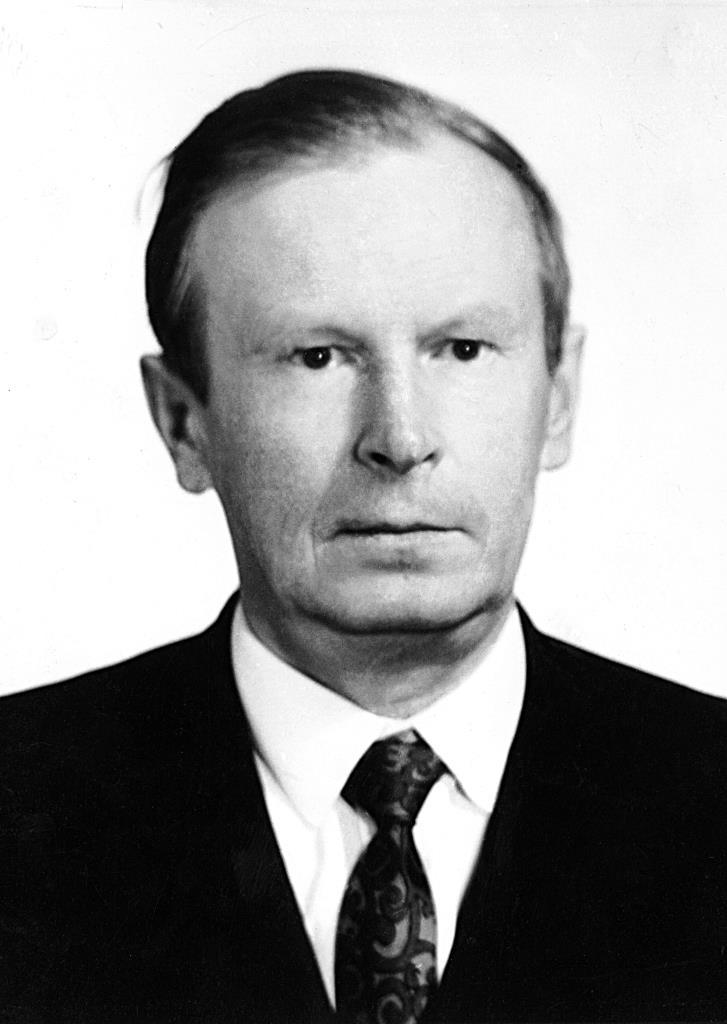 Холзаков Виталий Иванович